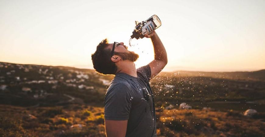 Mantén tu organismo hidratado en verano